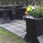 Agustín Lara: intentan robar estatua de cementerio donde está su tumba