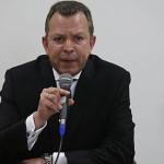 Ministro de Defensa descarta seguimiento de inteligencia a Iberico