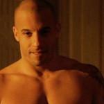 Vin Diesel muestra abdominales para desmentir flacidez