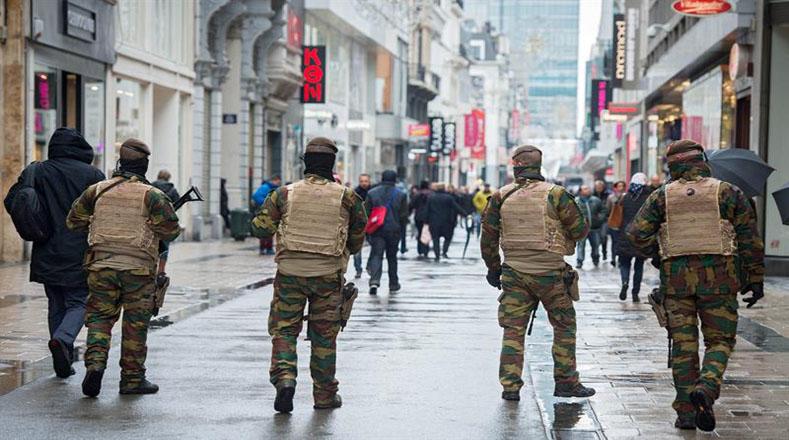 Bélgica continúa en alerta máxima por segundo día consecutivo
