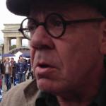 Alemania: Atacan a periodista que condenó odio contra refugiados