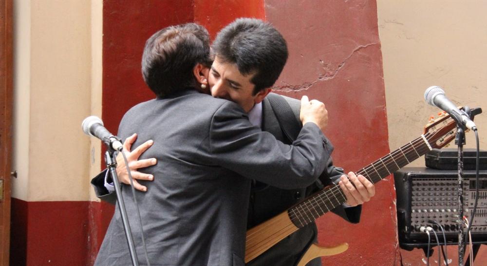 Homenaje Hugo Bustíos Crónica Viva 20