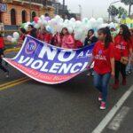 Estudiantes de Bausate y Meza marchan contra la violencia