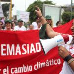 "Peruanos se unieron a la marcha mundial para exigir ""justicia climática"""