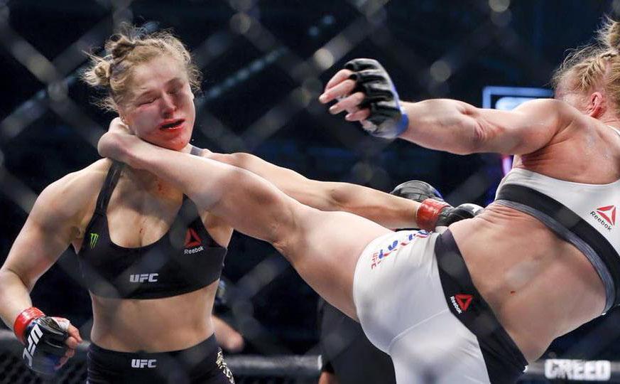 RONDA HOLM UFC - AFP