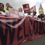 Canadá admitirá mujeres, niños y familias de 25,000 refugiados