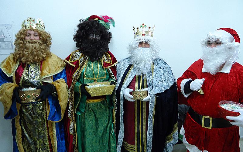 Fotos Papa Noel Reyes Magos.Los Reyes Magos Y Papa Noel Abren Cuenta En Twitter