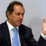 Scioli agradece a sus votantes en primer acto público tras derrota
