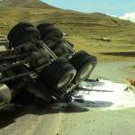Cusco: Se vuelca tráiler que contenía material explosivo