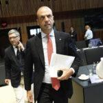 Italia: La Cosa Nostra quería atentar contra ministro del Interior