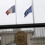 Lima: banderas de Francia y de la Unión Europea a media asta