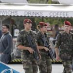 Atentado en París: Movilizan a 1,500 militares adicionales