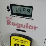 EEUU: Precio de la gasolina bajará a 1.99 dólares el galón