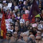 Miles marchan en España y Reino Unido contra guerra en Siria