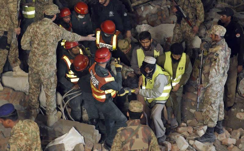 pakistan-derrumbe2-800