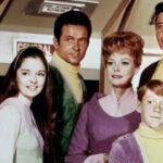 Perdidos en el espacio: Netflix lanzará remake de serie