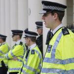 Policía británica seducía mujeres en operaciones encubiertas