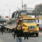 Carretera Central: Rutas alternas por caída de puente peatonal