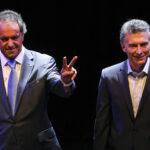 Scioli y Macri cruzan acusaciones después del debate electoral