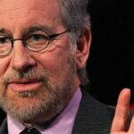 Steven Spielberg quiso dirigir dos veces películas de James Bond