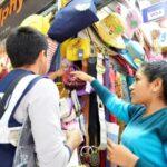 Sunat capacita comerciantes del Mercado Central y Gamarra