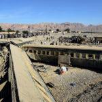 Pakistán: Trece muertos y 100 heridos al descarrilarse tren