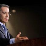 Colombia: Uribe denuncia que sus comunicaciones son interceptadas