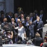 Scioli y Massa asistieron y no hubo abucheos en asunción de Macri