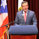 Puerto Rico avizora caos y crisis humanitaria si no reestructura deuda
