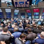 Bolsas latinoamericanas cierran al alza pese a caídas leves en mercados