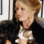 Brigitte Bardot pide a Putin liberar a defensora de los animales