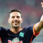 Claudio Pizarro incluido en el equipo ideal en Alemania