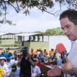 Colombia: Vicepresidente se desmaya cuando hablaba en acto público