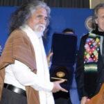 Manuelcha Prado: Premiado por la OEA por difusor de cultura andina