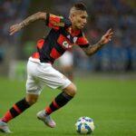 Jorge Sampaoli dirigirá a Paolo Guerrero de llegar al Flamengo