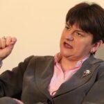 Arlene Foster, primera mujer que lidera principal partido norirlandés