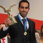 Claudio Bravo elegido el mejor futbolista chileno del 2015