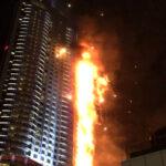 Dubái: Gran incendio en rascacielos junto al Burj Khalifa (VIDEO)