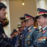Bolivia: Nombran alto mando militar que incluye a una general