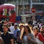 "Londres: Investigan como ""acto terrorista"" ataque con cuchillo"