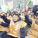Miles de surcoreanos protestan contra gobierno de Park