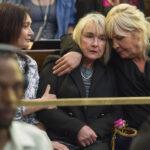 Pistorius es condenado por asesinato y volverá a prisión 15 años