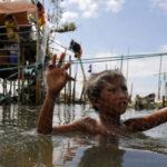 Filipinas: Evacuan 700 mil personas por llegada de tifón Melor