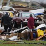 EEUU: Más de 40 muertos tras tornados y tormentas