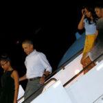Obama y su familia inician sus vacaciones navideñas en Hawai