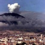 Colombia: Avianca suspende vuelos por emisiones de ceniza de volcán