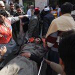 Pakistán: Al menos 25 muertos en asalto a una universidad