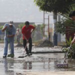 Sedapal atiende aniegos por intensa llovizna en Lima