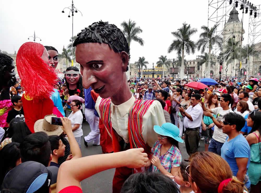 Celebraciones aniversario Lima 5