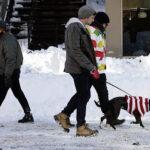 EEUU: Neoyorquinos salen a las calles tras histórica nevada
